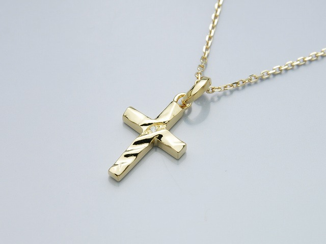 TINY SILK CUT CROSS:K18
