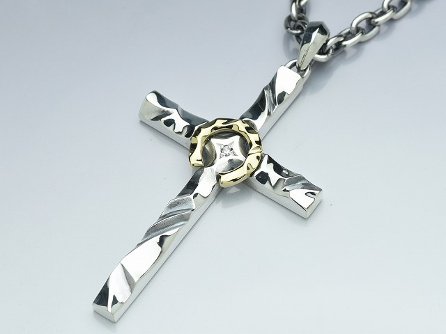 HORSE SHOE CROSS:with dia K18コンビ